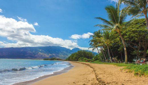 ハワイのビーチの浸食:地球の温暖化による海面の上昇